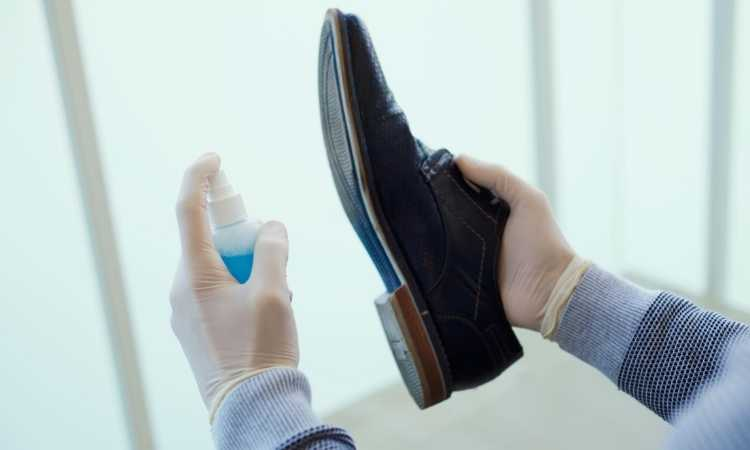 shoes traction spray