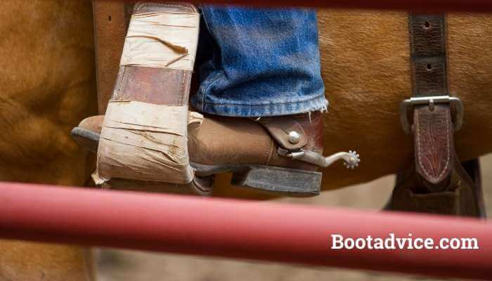 how to properly size cowboy boots