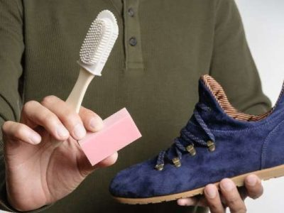 how to clean shoes with toothbrush